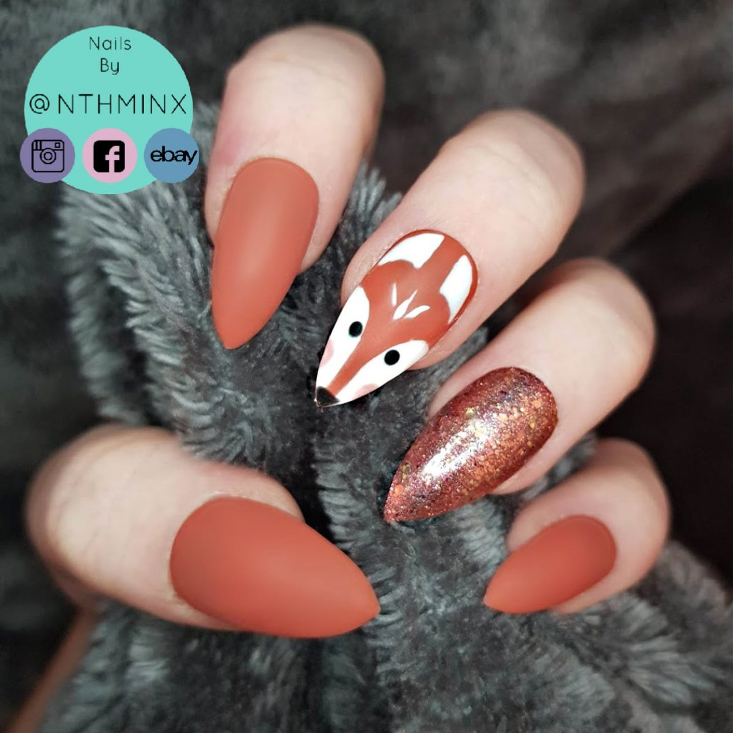 Cute brown fox nails with glitter