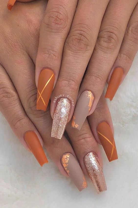 Acrylic coffin fall nails with fall colors
