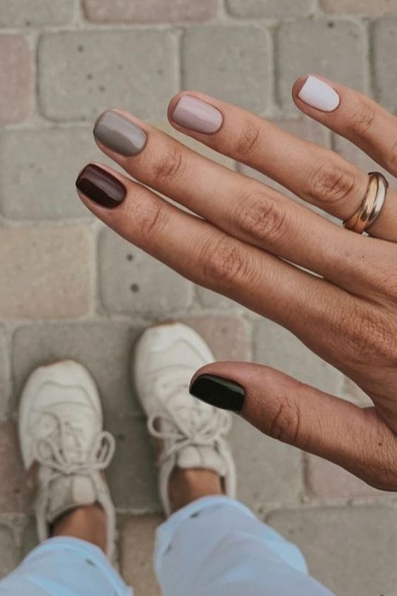 Easy fall nail designs for short nails with cute pastel colors
