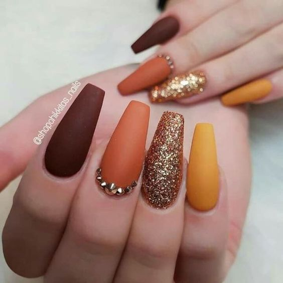 Matte fall nail designs with glitter
