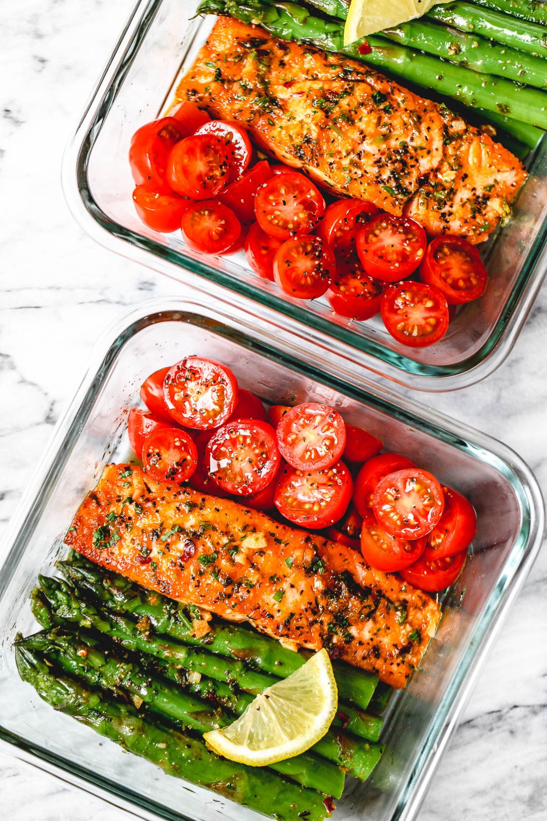 Salmon and Asparagus in Garlic Lemon Butter Sauce Meal Prep