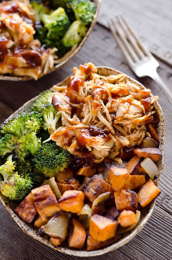 BBQ Chicken & Roasted Sweet Potato Meal Prep Bowls
