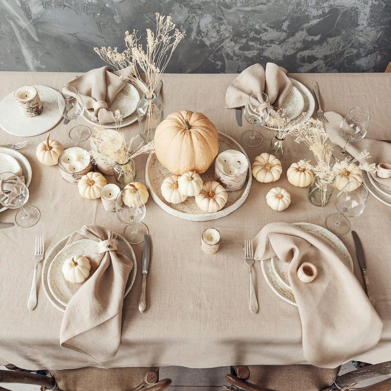White Pumpkins Thanksgiving table settings