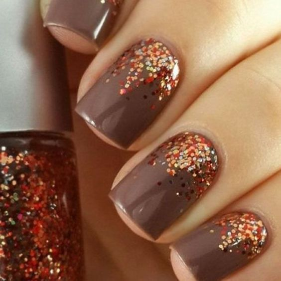 Cute brown nails with glitter