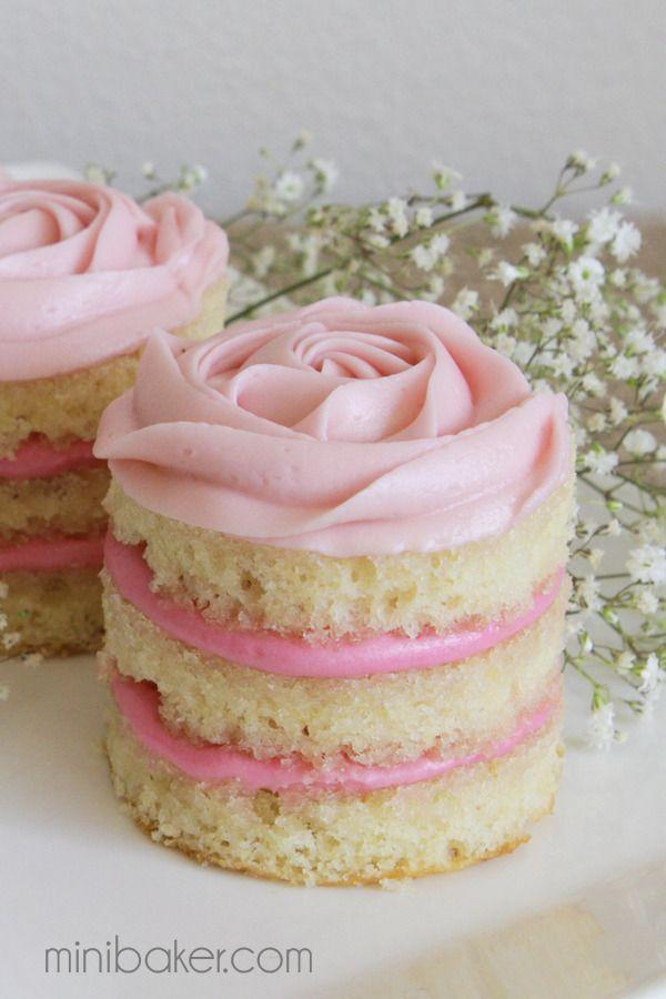 Cute Valentine's Cake Ideas: Mini Rose Cakes