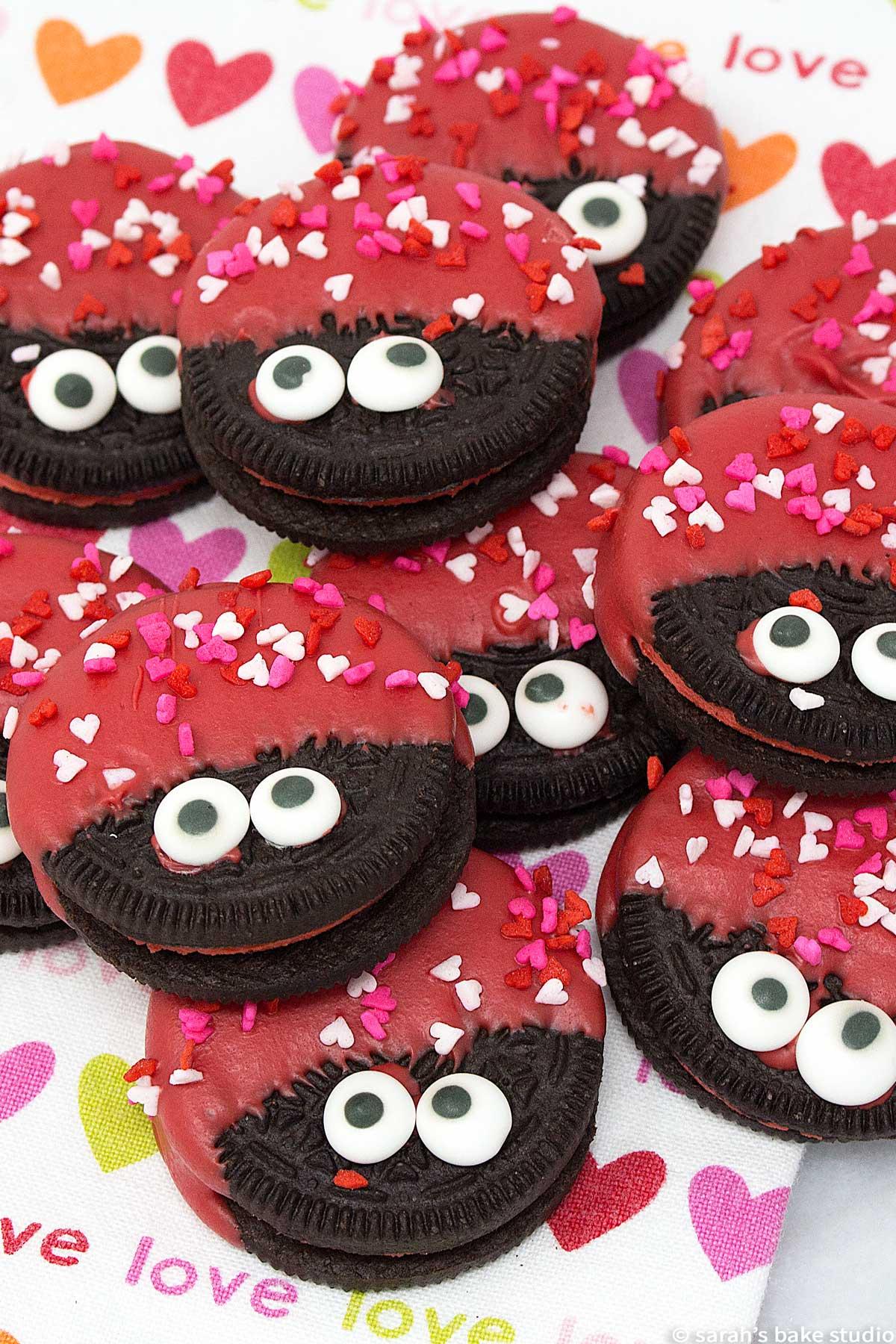 Easy Valentine's Desserts: Love Bug Oreo Cookies