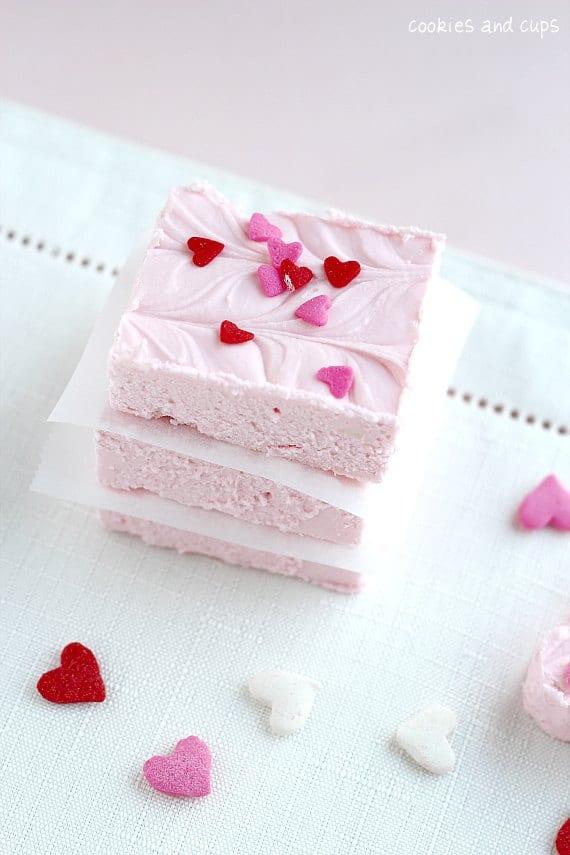 Valentine's Day Desserts: 2 Ingredient Strawberry Fudge