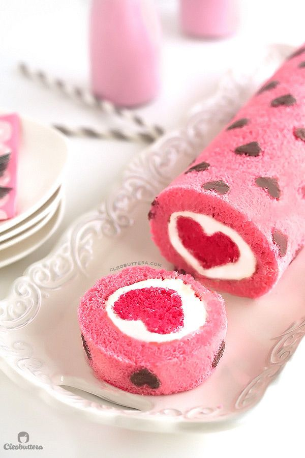 Easy Valentine's Desserts: Pink Heart Cake Roll