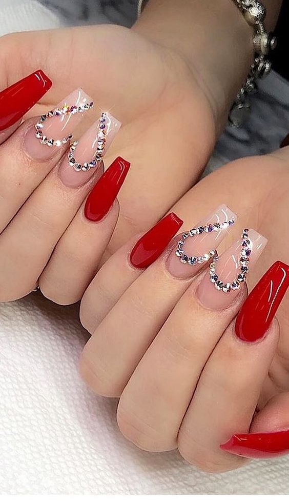 Cute Valentine's day nails with heart nail art