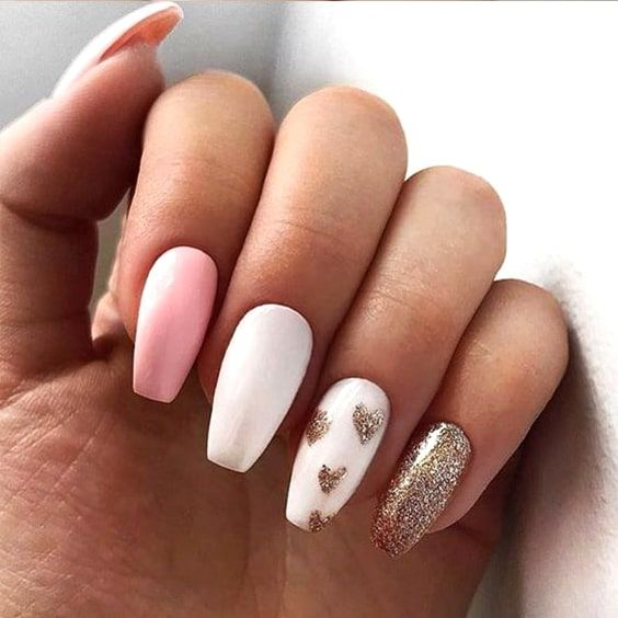 Simple Valentine's day nails with white, pink and gold glitter