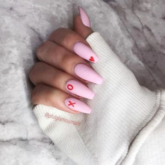 Acrylic pink Valentines nails
