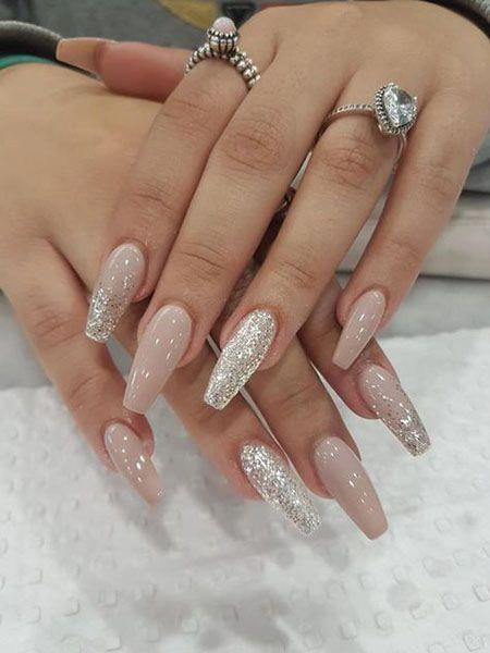 Neutral acrylic coffin nails with glitter for winter