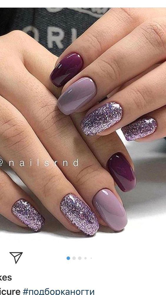 Ombre purple nails with glitter