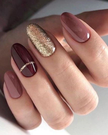 Neutral fall nails with gold glitter