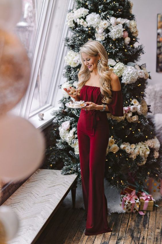 Classy Christmas party outfits with jumpsuits