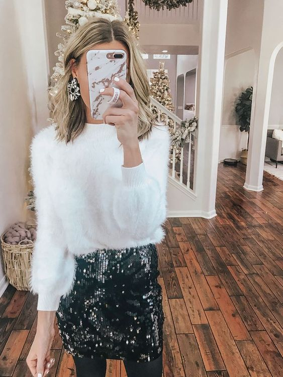 Classy and cute Christmas party outfits