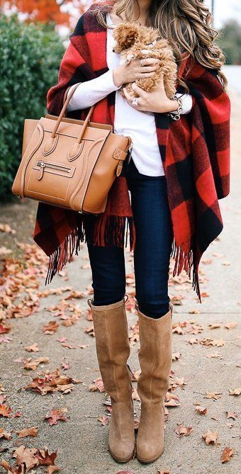 Casual fall outfits with plaid scarf