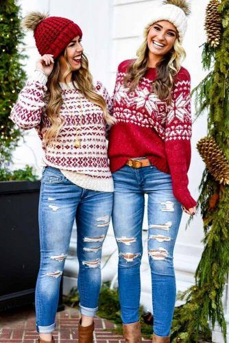 Casual Christmas outfits with Christmas jumpers