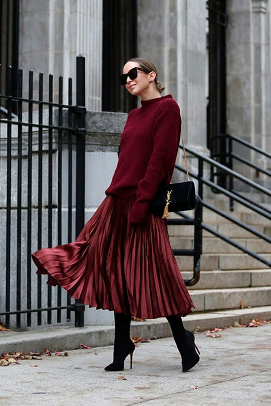 Classy and cute Christmas outfits for women with burgundy pleated skirt