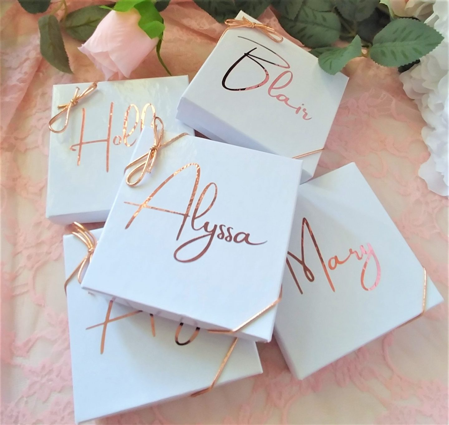 Cute white and rose gold personalized jewelry gift boxes