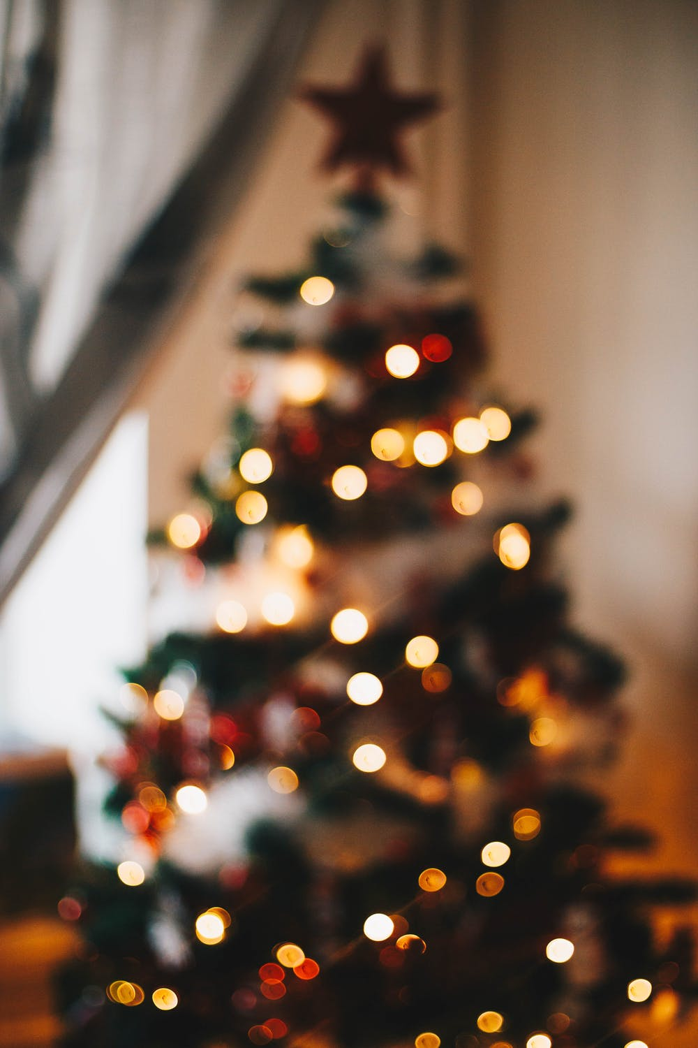 Christmas tree wallpaper for iphone