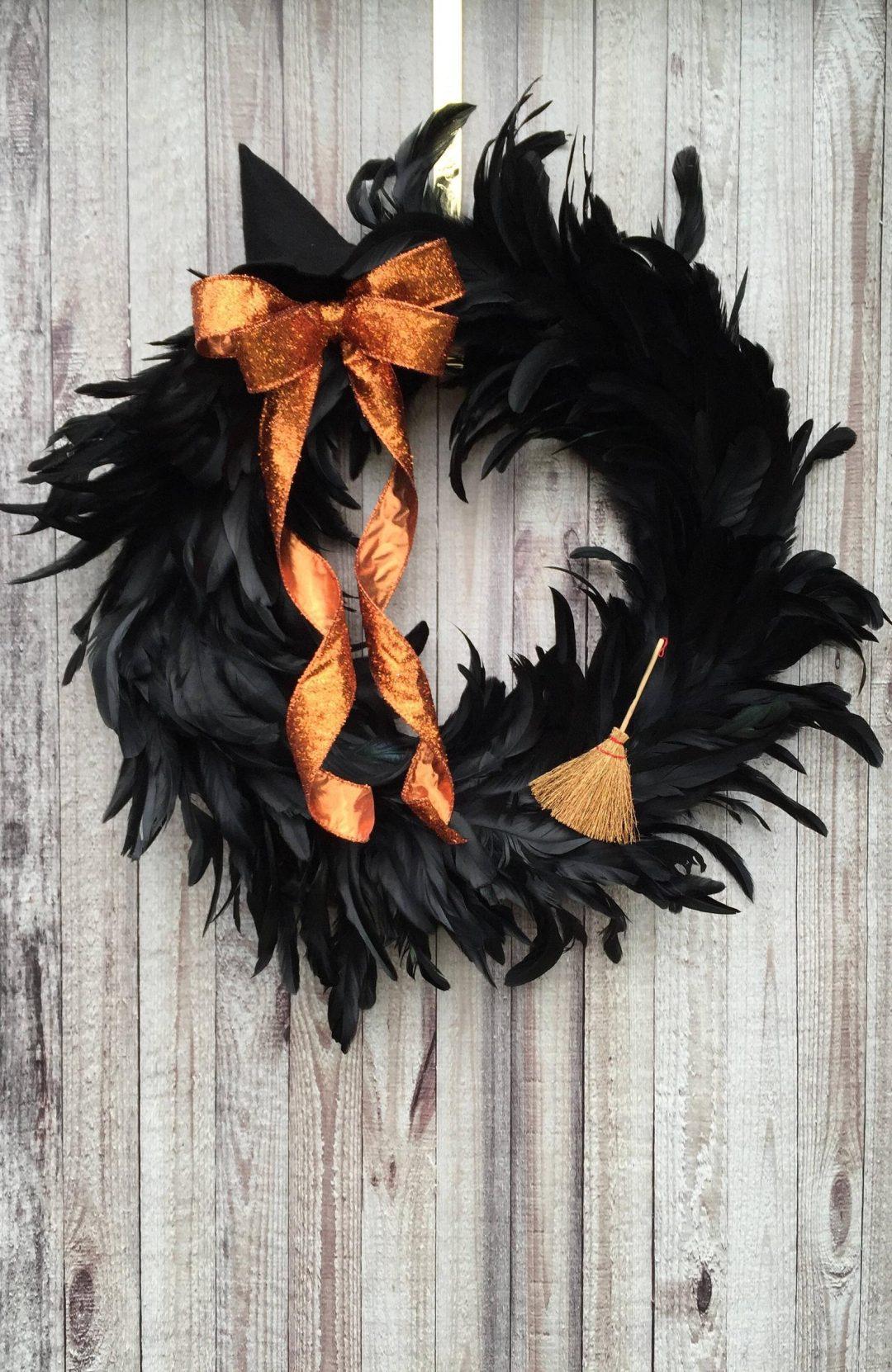 Black witch Halloween wreaths - witch wreath