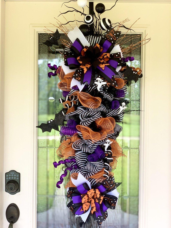 Cute deco mesh Halloween wreaths in purple and orange