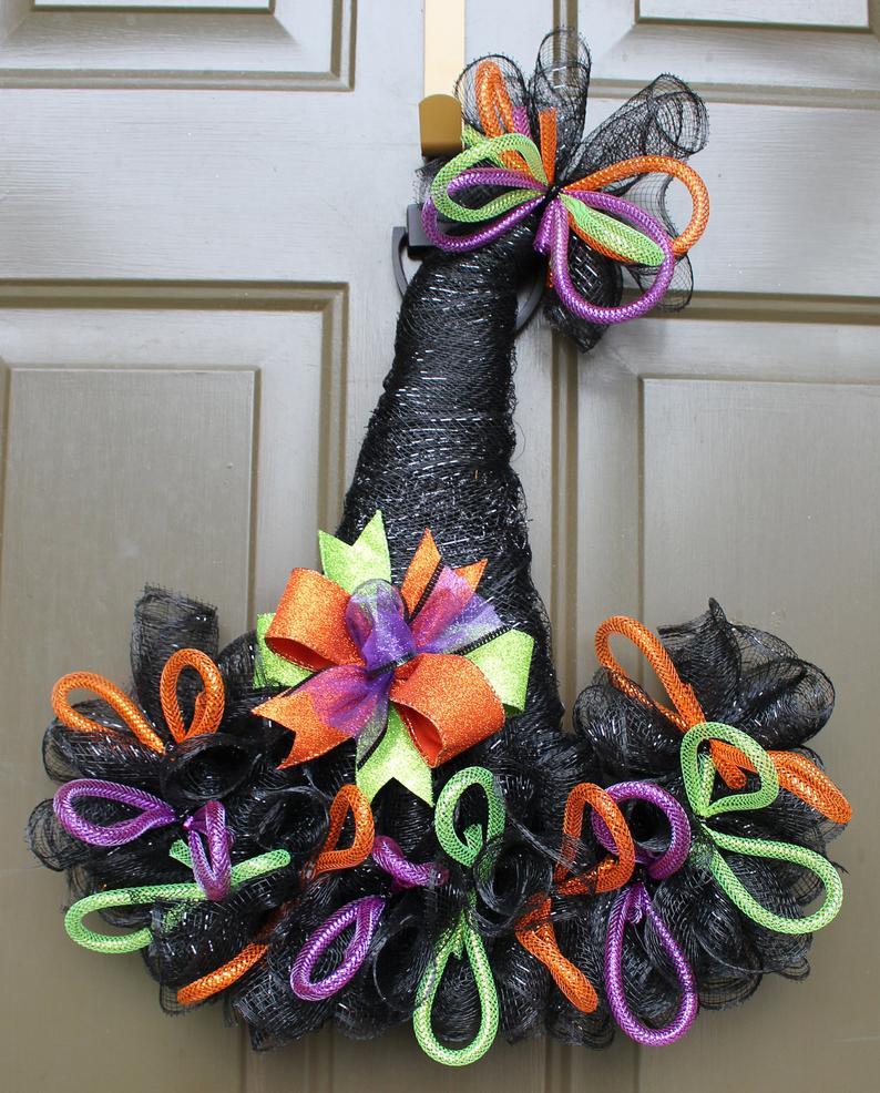 Black witch wreaths - witch hat wreaths