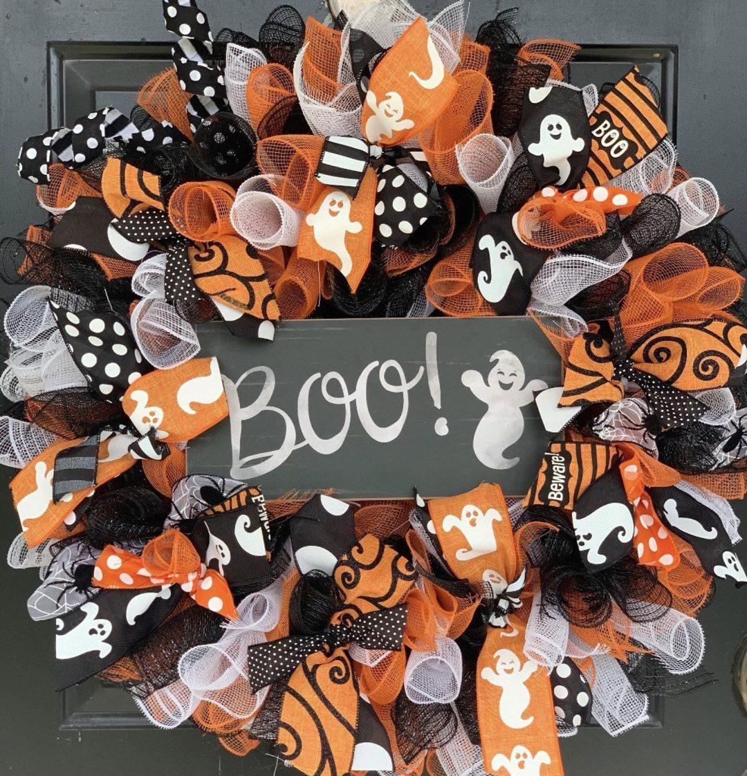 Black, white and orange BOO wreath