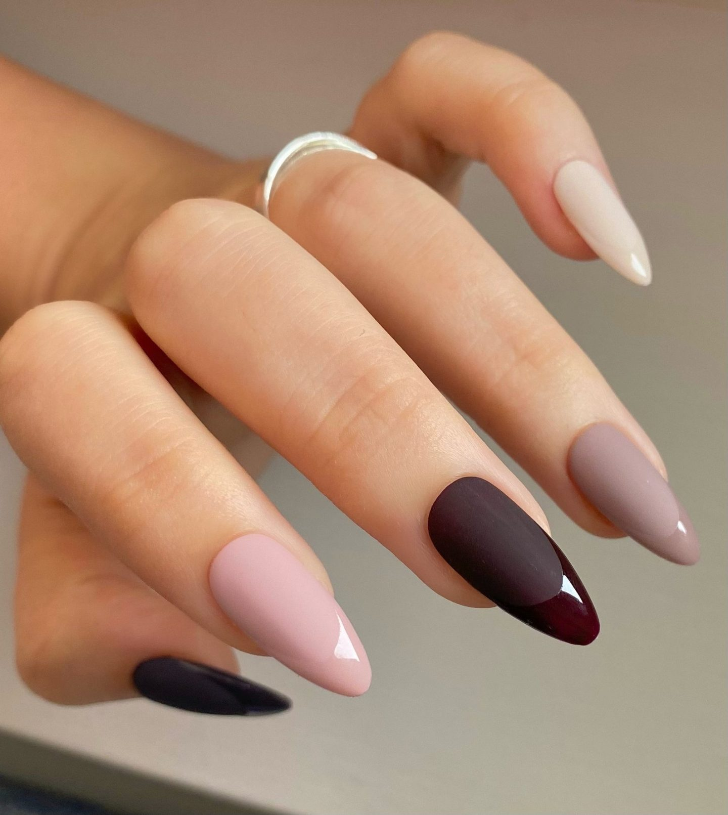 Neutral ombre Thanksgiving nails