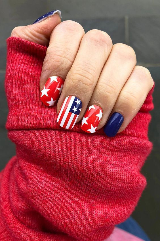 50+ Cute 4th Of July Nails To Complete Your Party Look