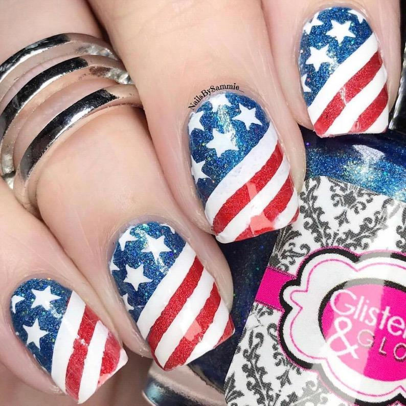 Cute American flag nail art