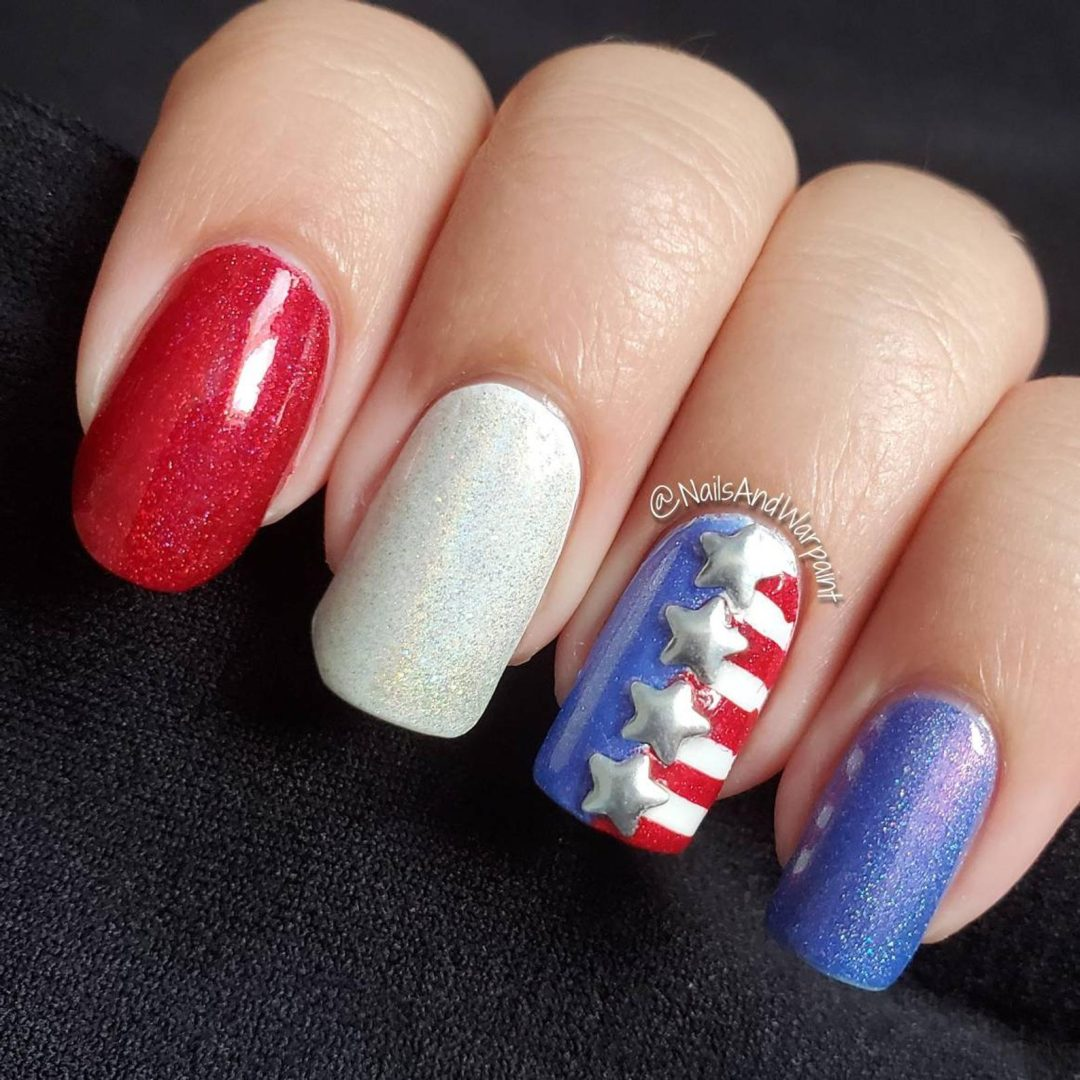 Easy 4th of July nails with 3D star decals