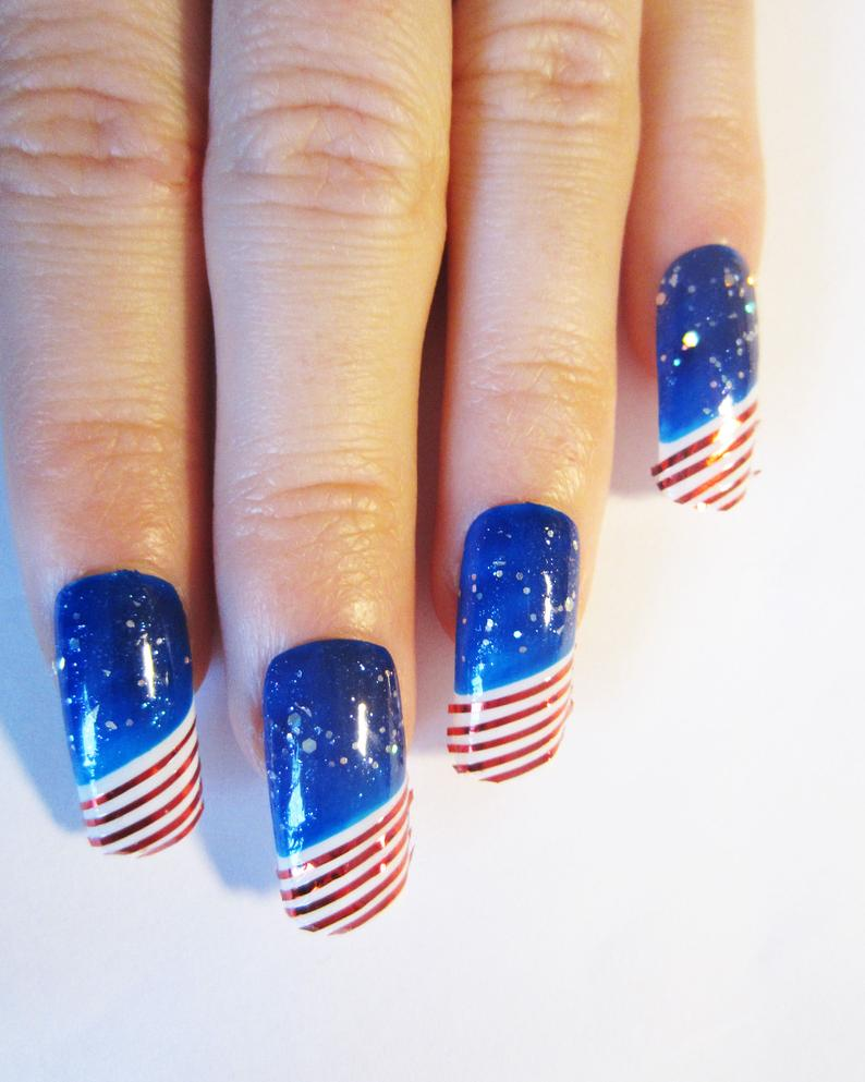 Blue press on nails with US flag