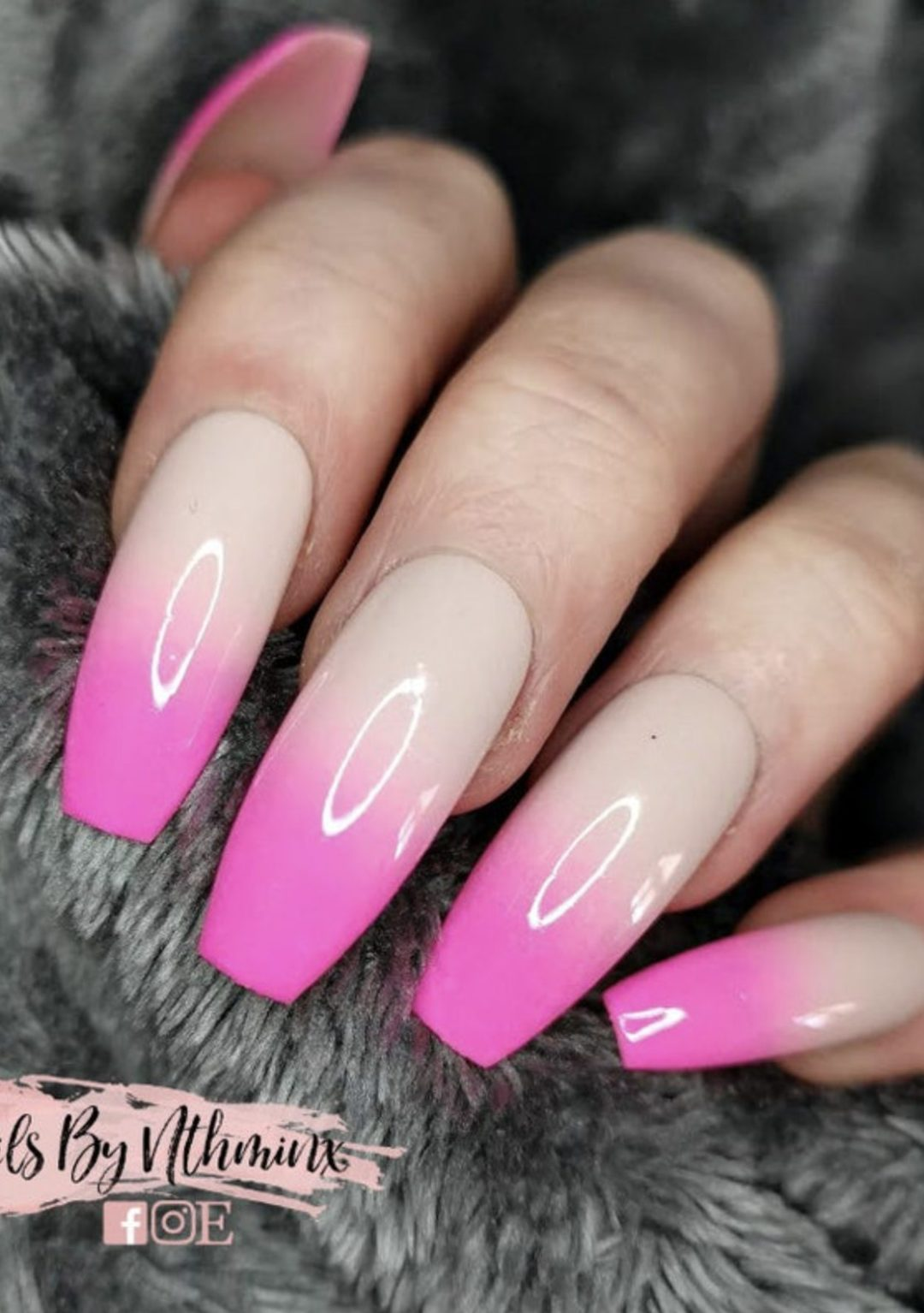 Hot pink ombre nails