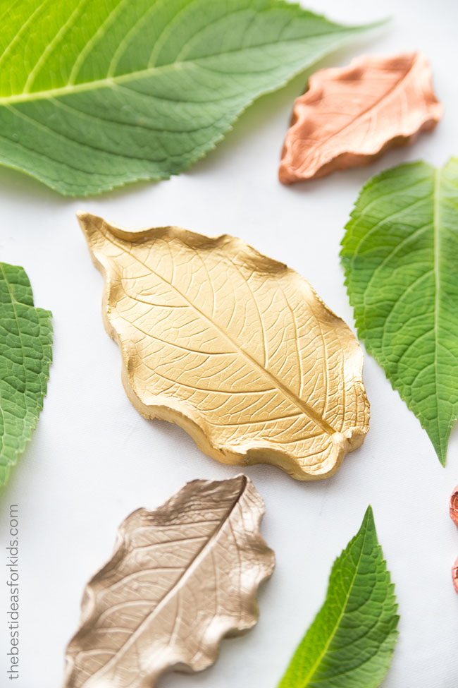 Unique crafts to make and sell: Clay Leaf Dish