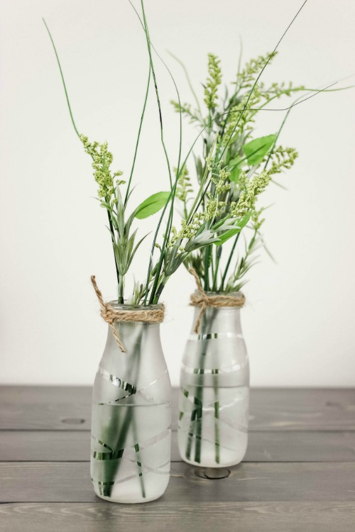 Unique crafts to make and sell: Glass-Etched Vases