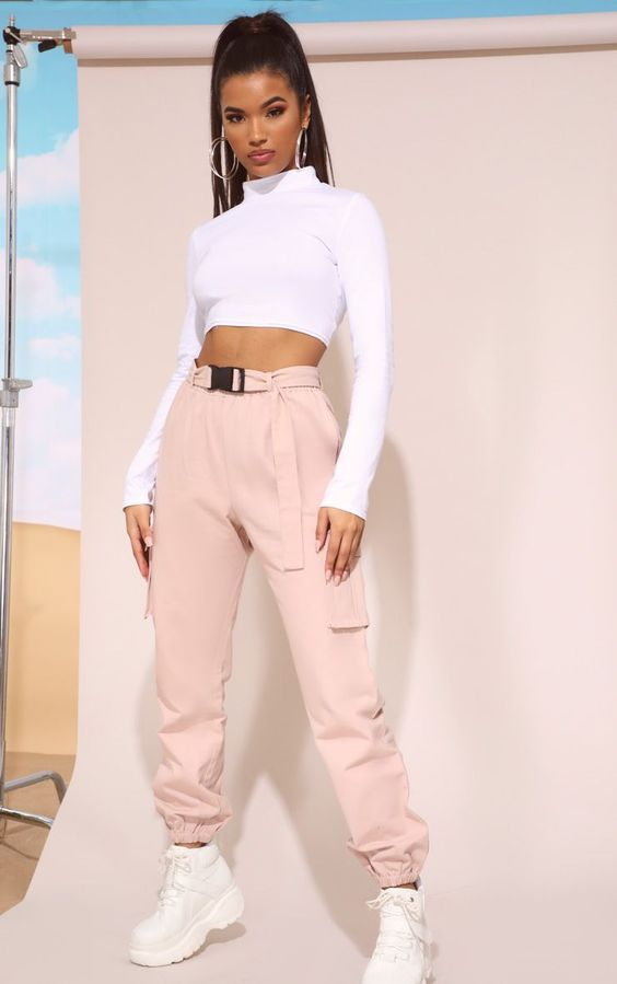 Casual outfits with sweatpants