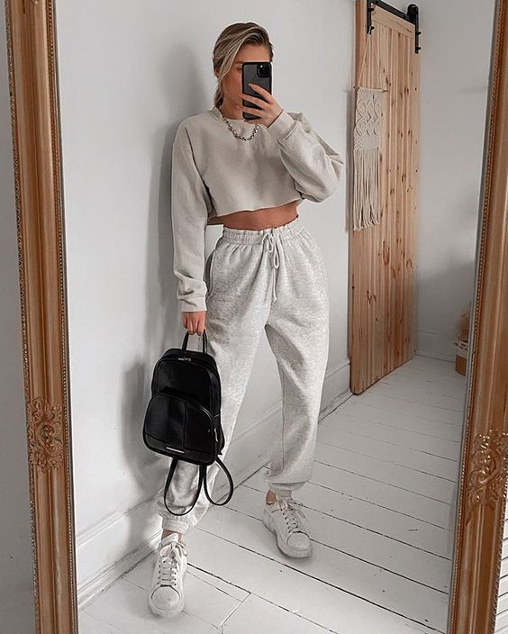 Grey outfit with joggers