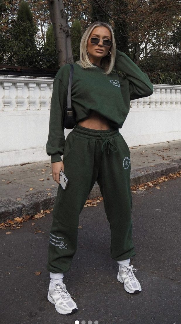Cute outfits with joggers and hoodie