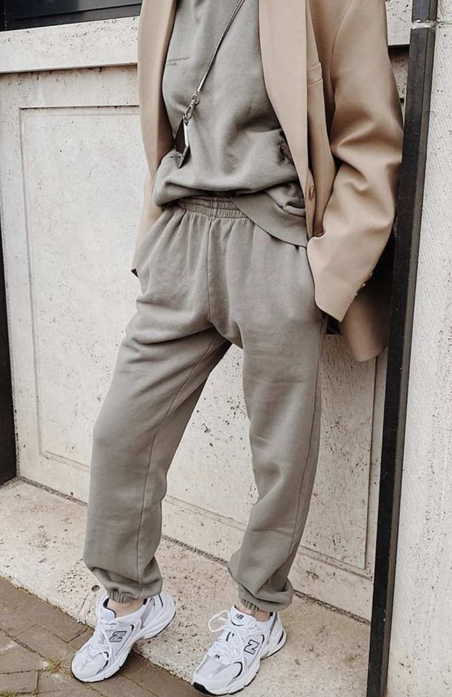 Grey jogger outfits