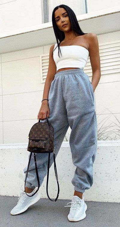 Casual outfits with grey sweatpants