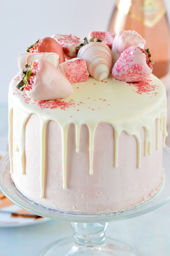 Perfect White Chocolate Drip For Strawberry Cakes