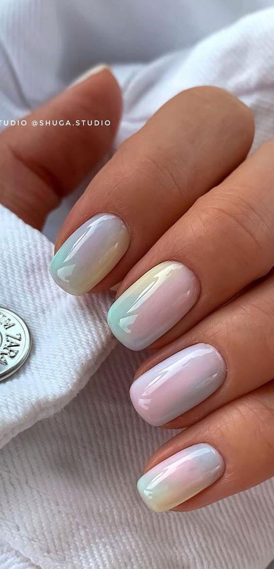 Cute summer nails: holographic unicorn nails