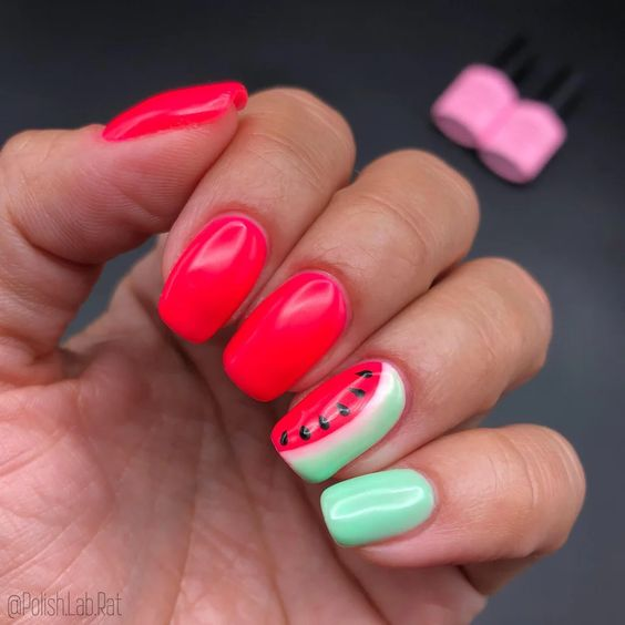 Bright and cute summer nails - red watermelon nails