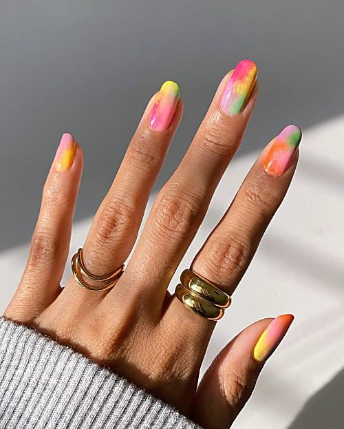 Cute summer nails with tied dye nail art
