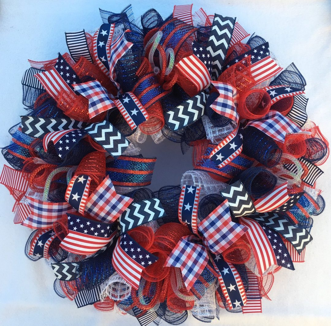 Beautiful deco mesh 4th of July wreaths and deco mesh patriotic wreaths for summer