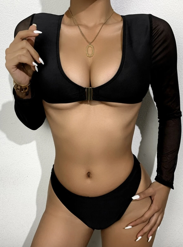 Black long sleeve swimsuits that cover arms