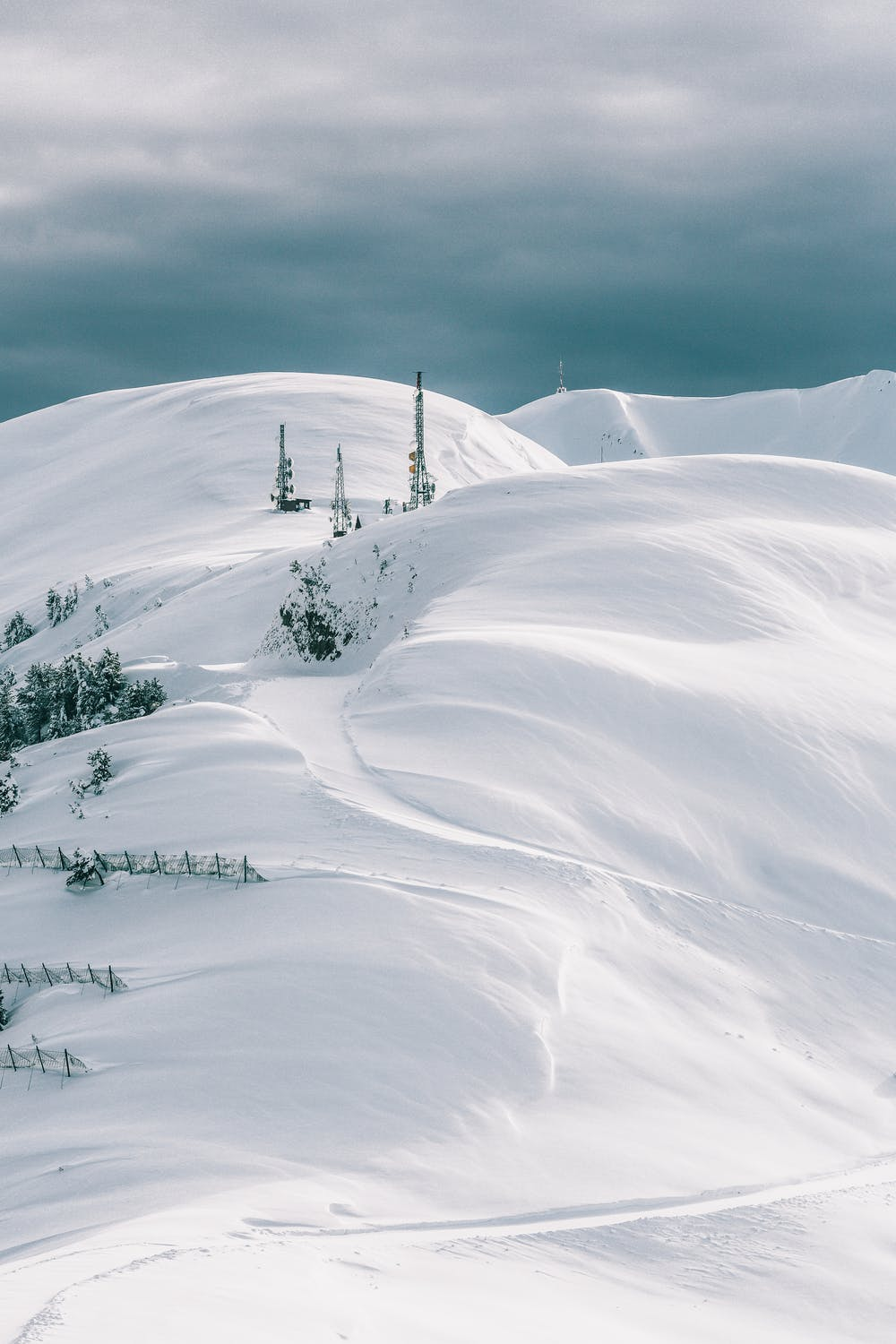 White winter wallpapers for iPhone, snow iPhone wallpapers