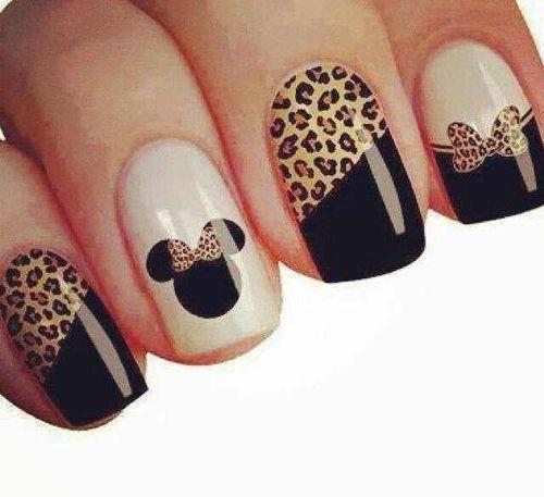 Cute Minnie Mouse nails